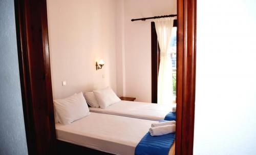 Greece Sivota Thesprotias Villa Dina Bedroom twin beds